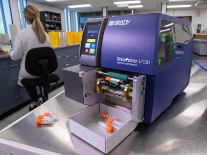 Brady Printer Salm en kipp